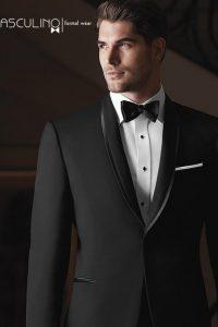 traje negro de novio